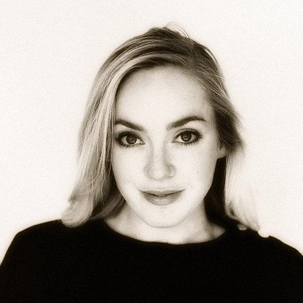 Julie Whelan 1