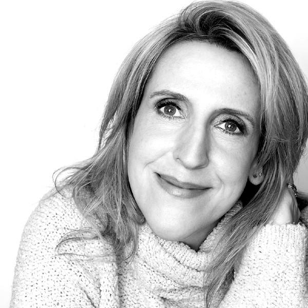 Carolyn Bridget Kennedy 1 - Headshot (web size file) (002)